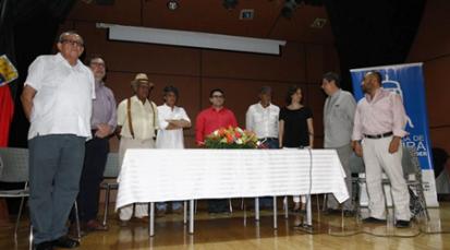 Premió a los mejores, en concursos de cuento y poesía en Cúcuta