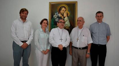 Casa de Paso 'Divina Providencia' es visitada por la Fundación Papal Ayuda a la Iglesia que Sufre en Alemania