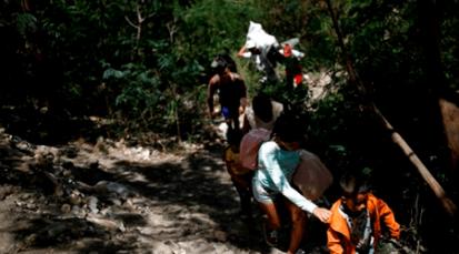 Autoridades alertan paso masivo de migrantes venezolanos en trochas fronterizas