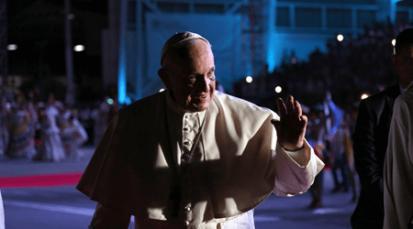 """""""Conmovido de la alegría, la ternura, a juventud y la nobleza del pueblo colombiano"""" Papa Francisco"""
