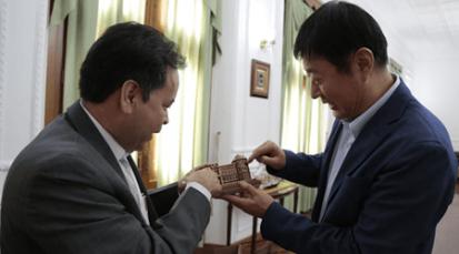 """Visita del embajador de china, """"impulso productivo regional"""""""