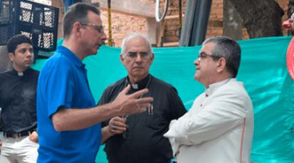 Obra Pontificia alemana visita la Casa de Paso 'Divina Providencia'