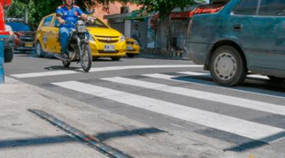 Avenida cero estrena barreras peatonales